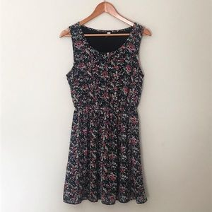 ONLY Flirty Floral Dress